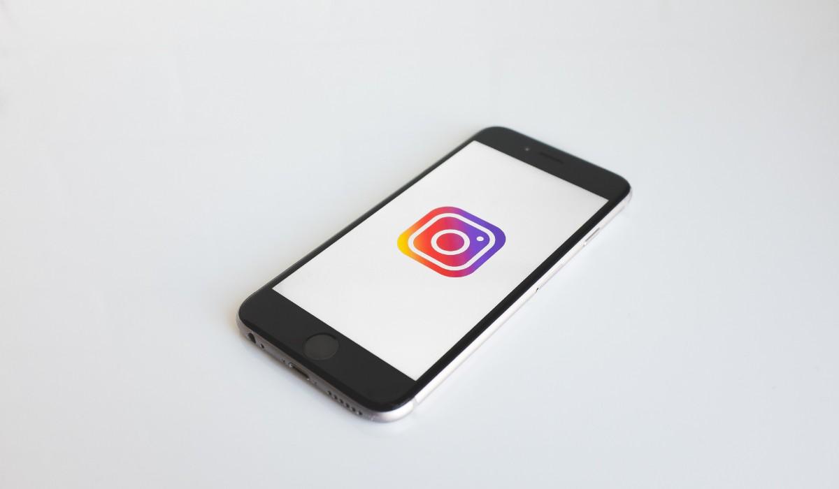 Plan de postări Facebook/Instagram pentru o lună