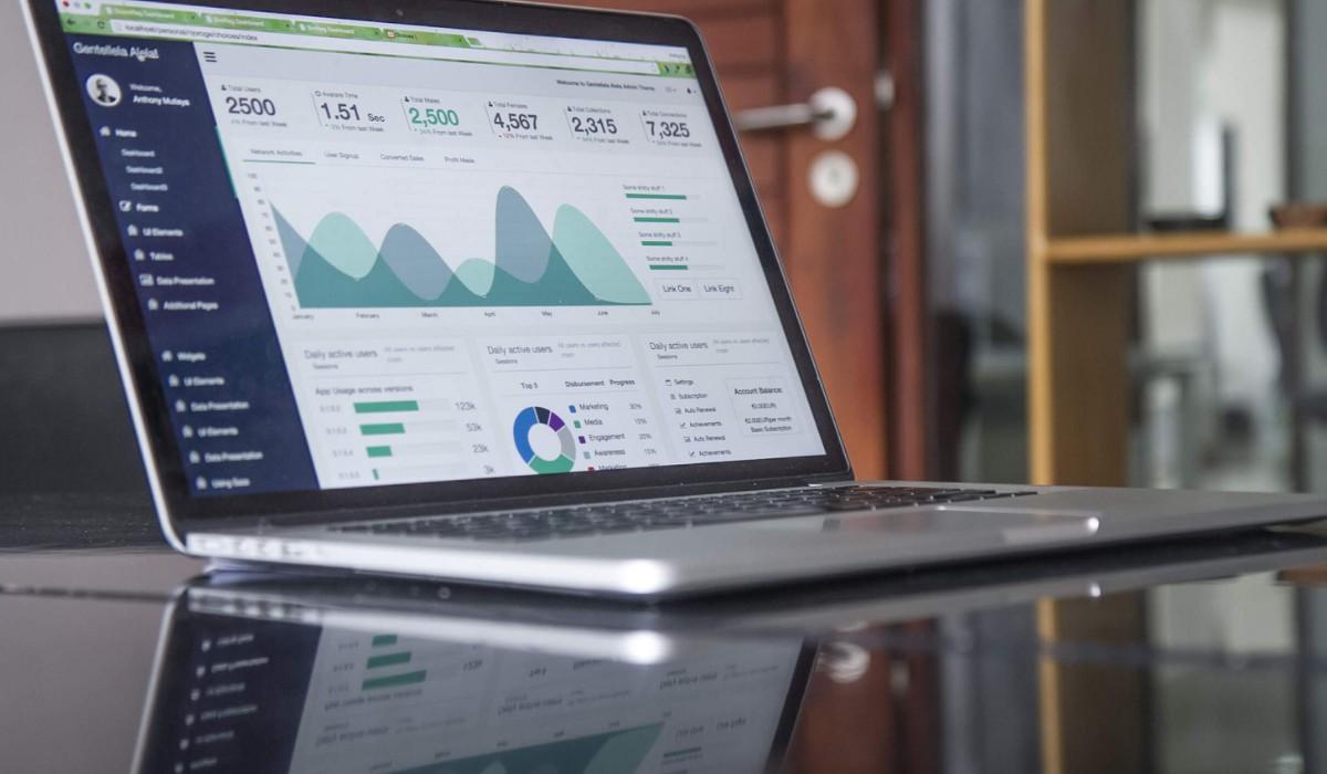 Setarea codurilor de tracking și conturi de publicitate